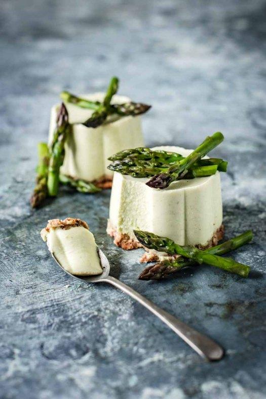 Asparagus-and-Ricotta-Panna-Cotta-5